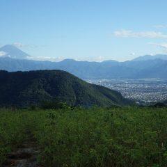 作業が終わると雲が切れて富士山が姿を見せてくれました