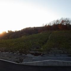 日が南アルプスの山に沈むと一気に気温が下がります