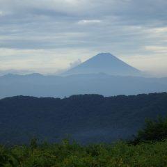 作業が終わると墨絵の様な富士山が浮かび上がりました